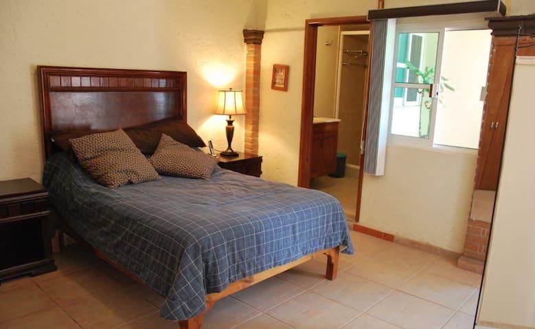 Suite con baño propio. - Heroica Puebla de Zaragoza - House