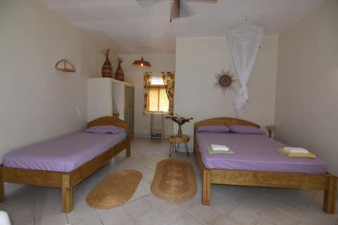 Garden View en-suite room - Soufriere Guesthouse