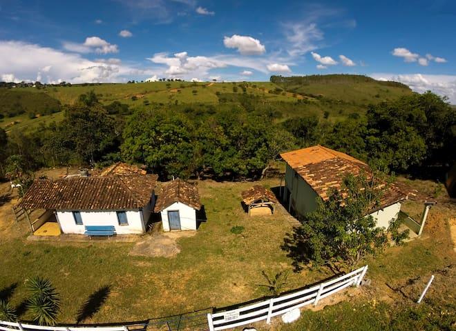 Casa Vale das Cachoeiras - A 500m de Cachoeira!