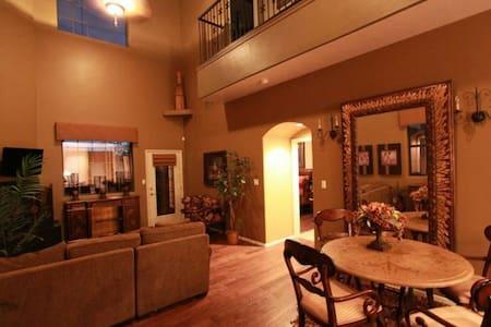 Luxury  Master Bedrooms - West Bloomfield Township - Apartmen