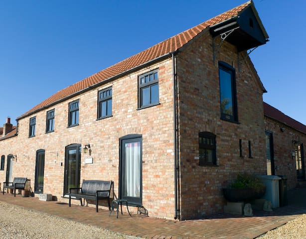 The Granary, a countryside wolds retreat