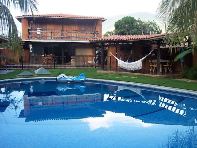 Casa caribeña en Isla de Margarita - Paraguachí - Hus
