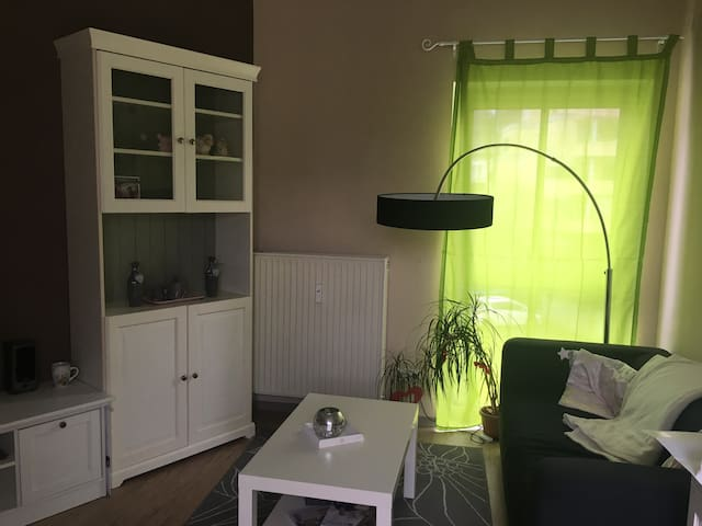 YOUR cheap and cosy apartment :) - Bendorf - Apartamento