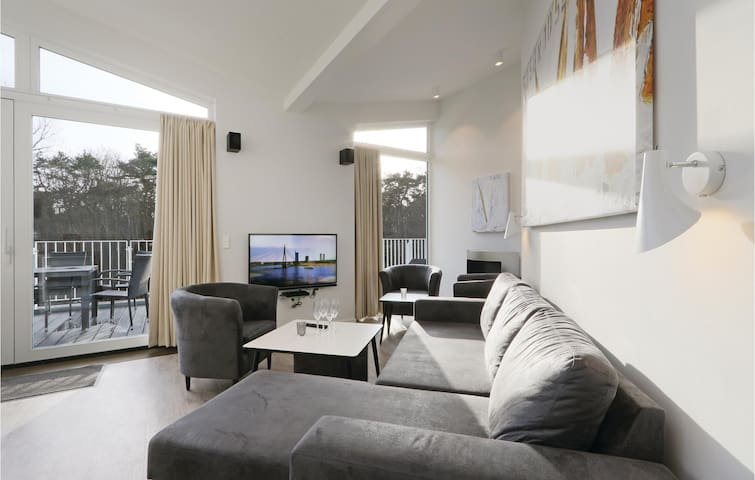 Holiday apartment with 3 bedrooms on 108m² in Travemünde Waterfront