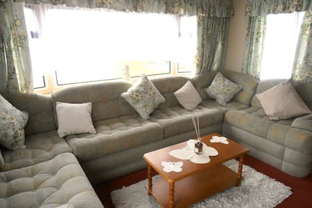 LUXURY HOLIDAY HOME TO LET - Clacton-on-Sea - Chalet