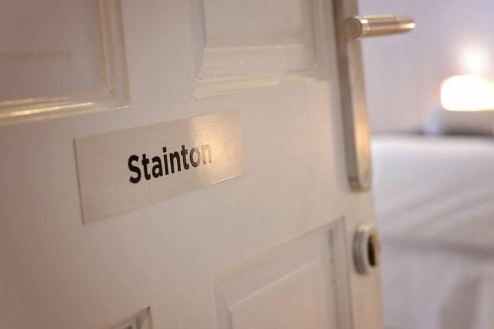 Weeks Away Darlington 4 person suite Grange rd LGF