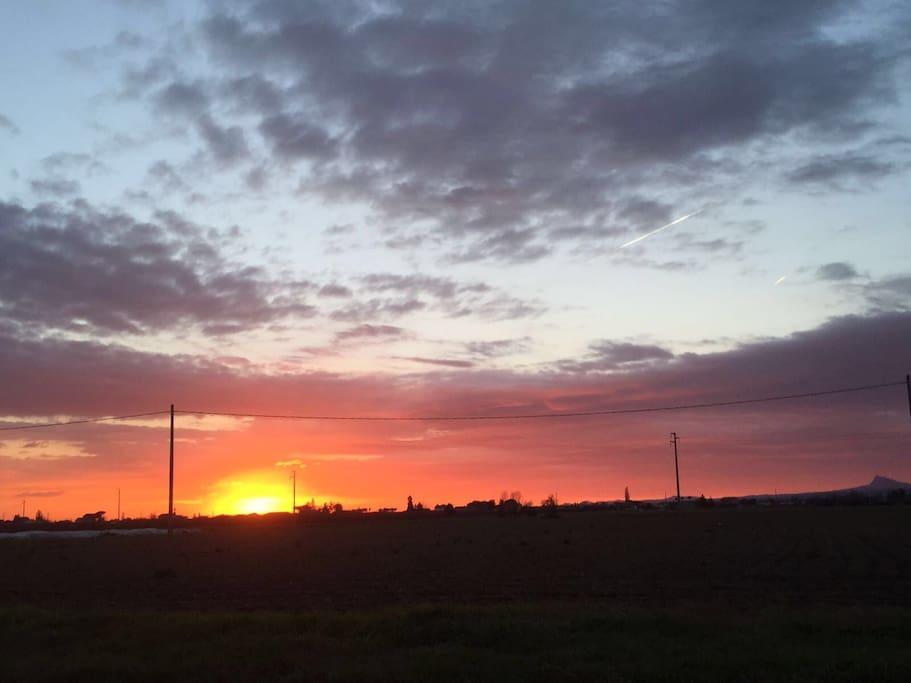L'alba vista da casa mia