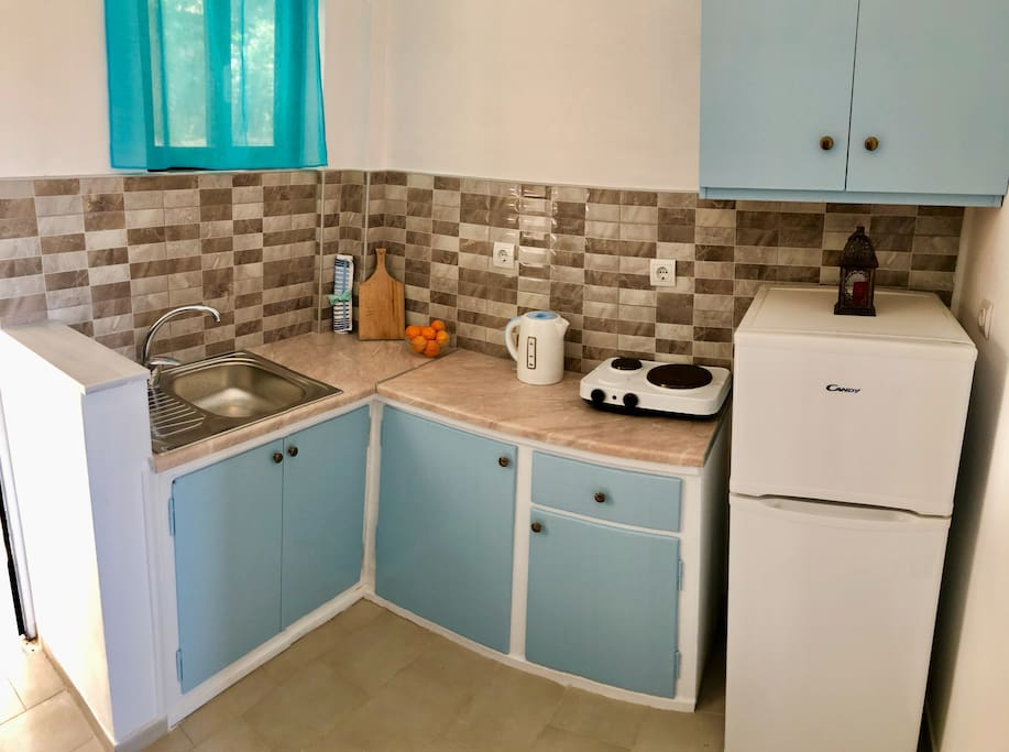 Fully equipped and newly renovated kitchen