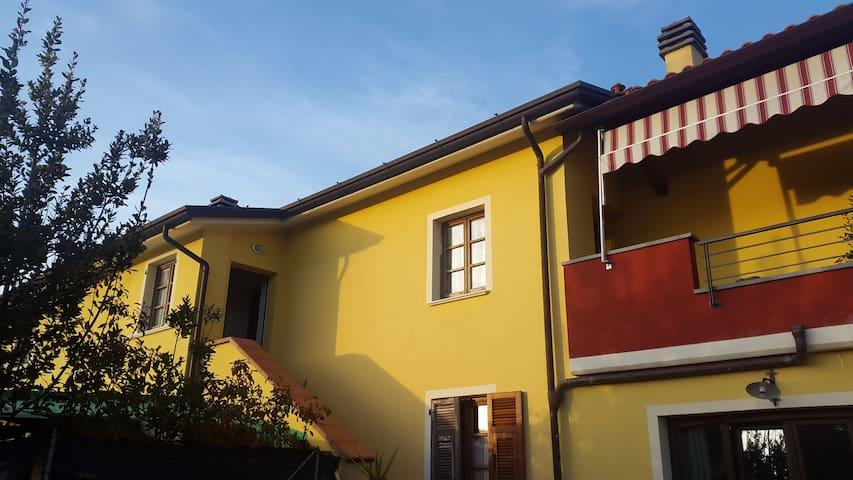 La tua casa tra Liguria e Toscana - Sarzana - Leilighet