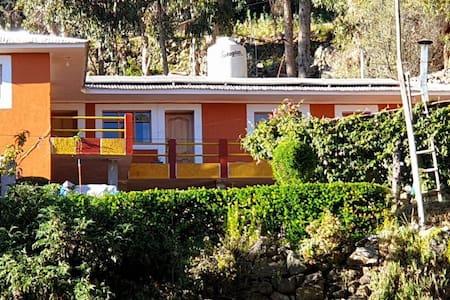 Amantani Pachatata Lodge