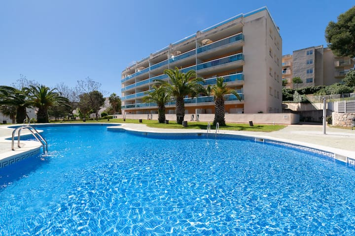 NICE APARTMENT WITH COMMUNAL POOL IN CAP SALOUS104-067 BELLAVISTA