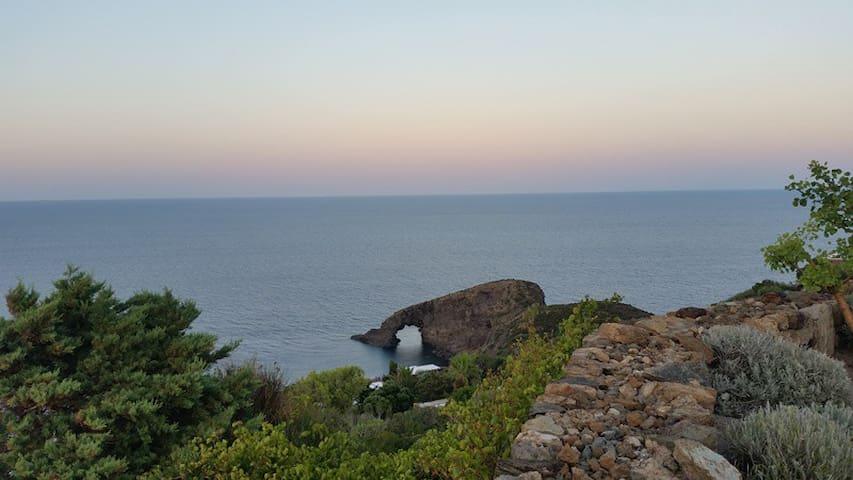 Casa Vacanze Sarina - Pantelleria - Hus