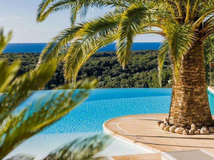 Mini-villa F2 équipée vue incroyable sur la mer