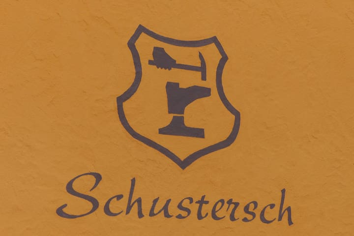 """""""Schusters Haus"""""""