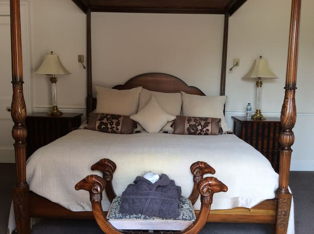 Mount Auldyn House Boutique B& B