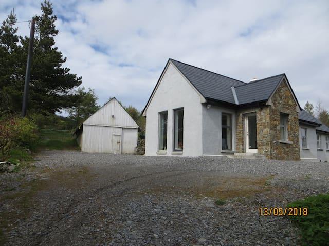 Barratrough , Clifden, Connemara- Francophones
