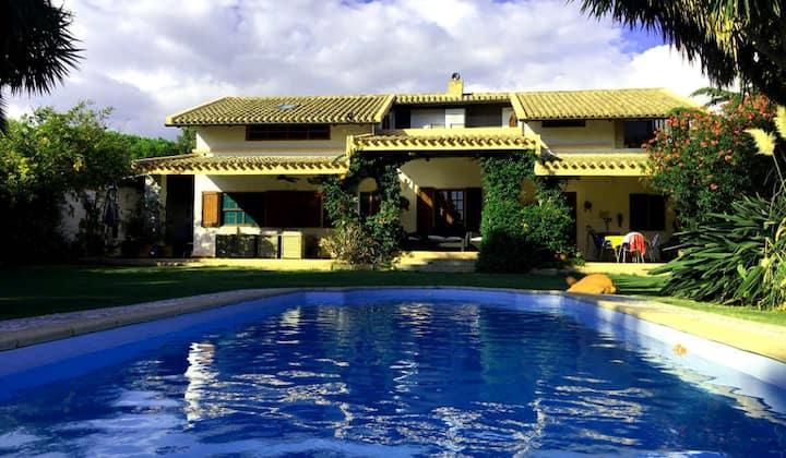 Villa 1. fila spiaggia, pool privato, vista mare