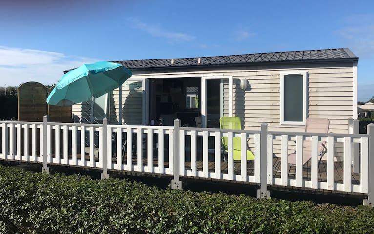 MOBIL HOME situé à quelques pas de la plage