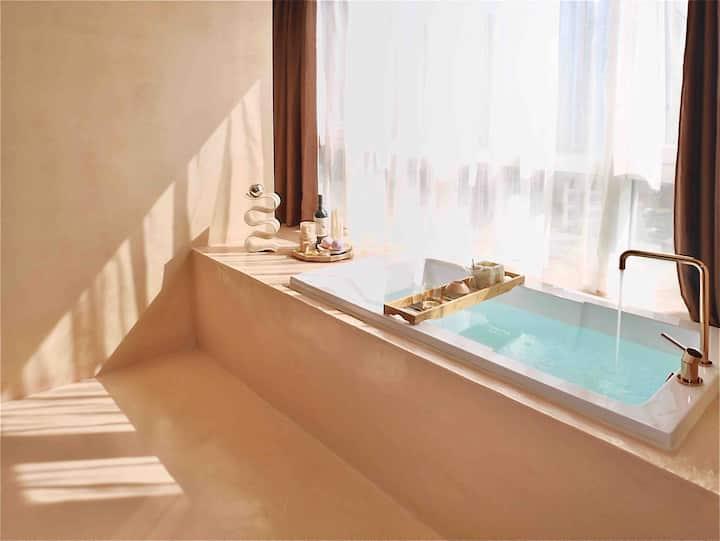 原宿 ᏟuᏏe 旅居美学 窗际浴缸 HIFI巨幕 星级公寓楼 春熙路商圈 