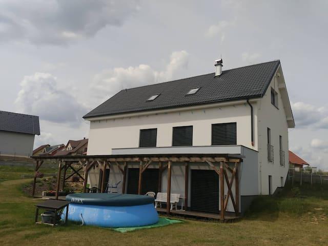 Pokoje pro 4 hosty v rodinném domě na Žďársku