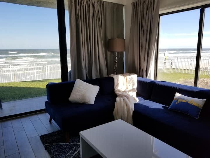 Oceanfront Sunrise Luxury Dream Suite