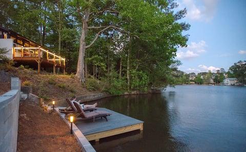 The Architect's Cottage: Marietta's Best Lake
