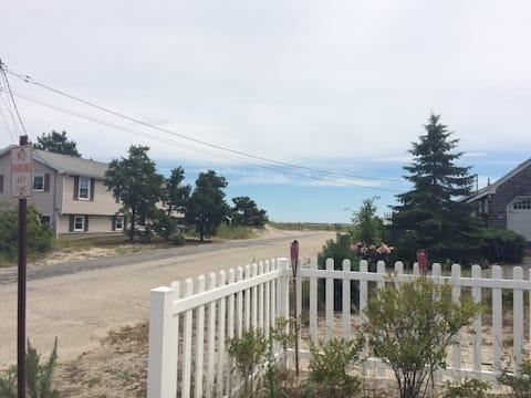 Pine Point Beach Apartment