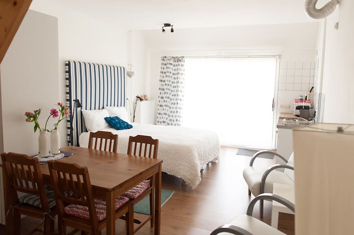 Comfortabele kamer met wijd uitzicht