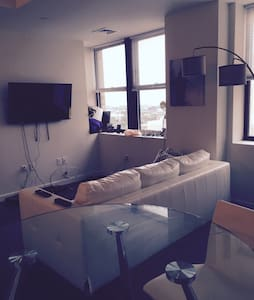 Beautiful Apartment 3 Miles from NYC! - Jersey City - Appartamento