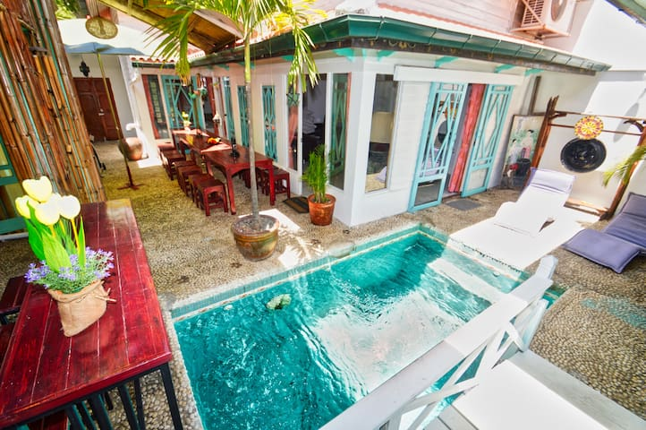 Private Pool Villa, 5 min to walking street & the beaches