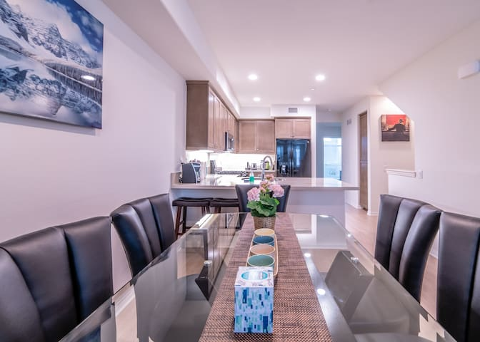 2018NEW House LA Azusa 3-story 4BR/4BTH-A61