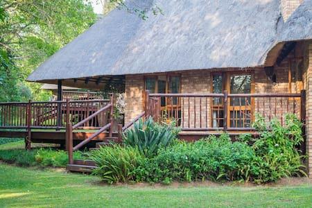 Kubu Chalet, 4*Kruger Park Lodge, Hazyview