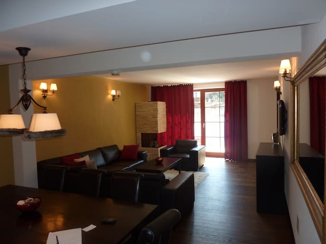 St Anton Apartment with parking - Sankt Anton am Arlberg - Apartamento