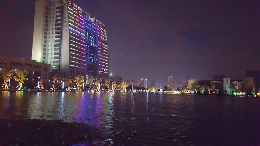 高档公寓阳光主卧 - Suzhou - Leilighet