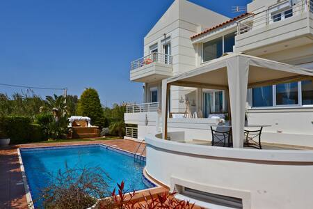 Amazing view! House over the sea! - Kalivia Thorikou - House