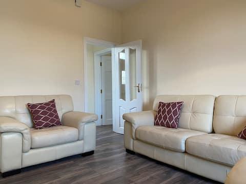 Cashel Cottage, newly renovated 3 bed 2 bath