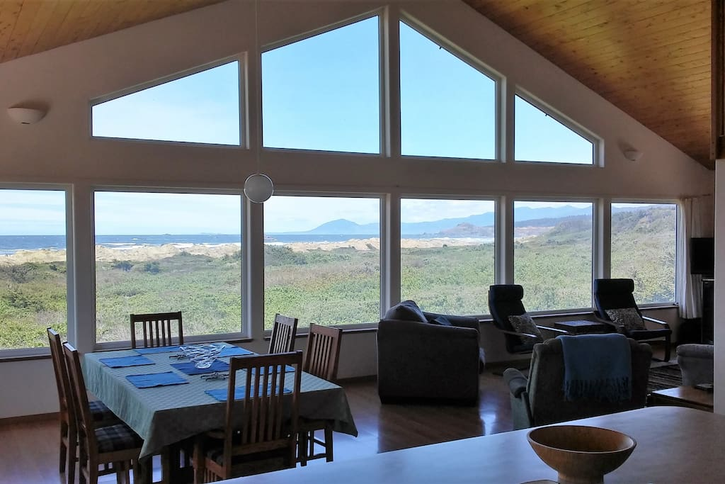 Oceansong 4 Bedroom 3 Bath Amazing Views Spa Houses For Rent In Gold Beach Oregon