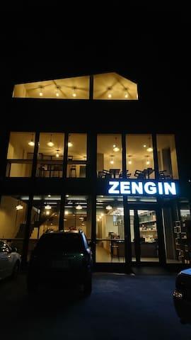 Zengin Cafe - 星空閣樓四人房 (2 Double Beds)