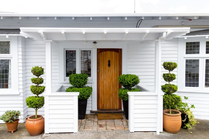 Perfect Parnell Central Location - Auckland - House