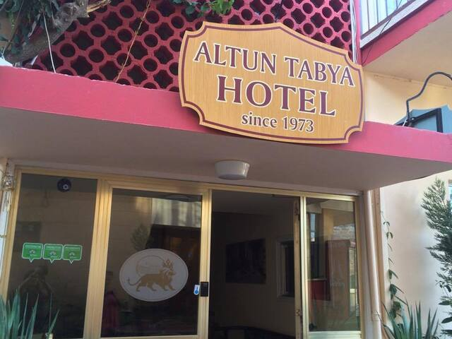 Altun Tabya Hotel - Charming and cozy atmosphere - Famagusta