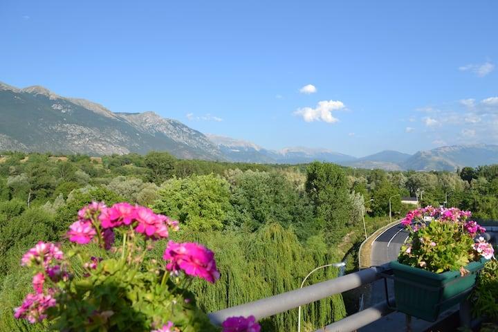 Bellissimo attico con terrazzo e vista panoramica