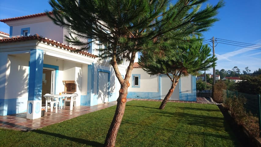 Villa Milrica  in Town/ walking  to trails/R.beach - Vila de Rei - Hus