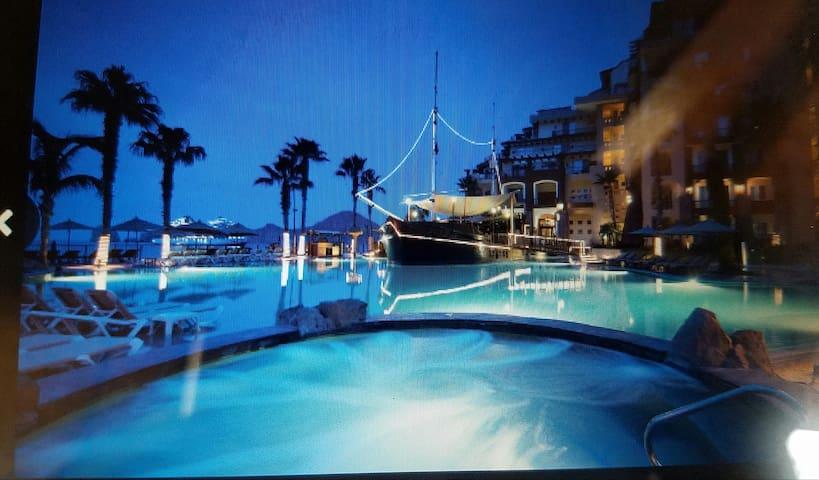 5 star Cabo Beach Condo on water! - Santa Maria - Villa