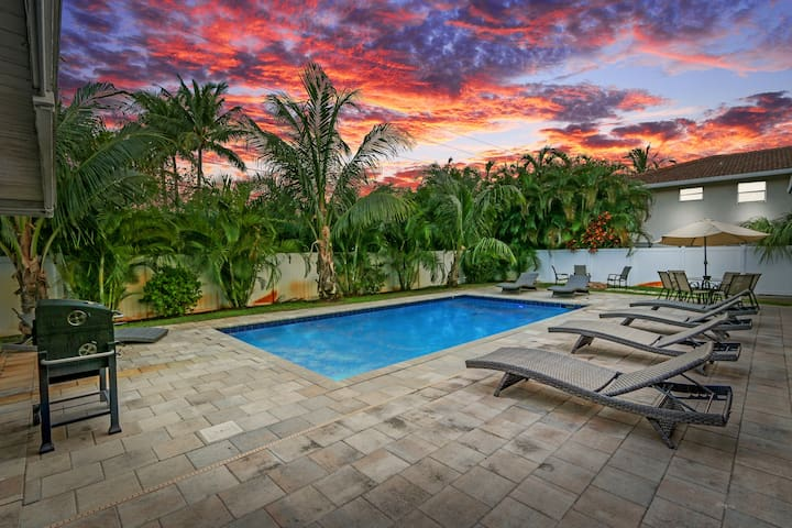AMAZING POOL HOME NEAR BEACH FOR FAMILY VACATION