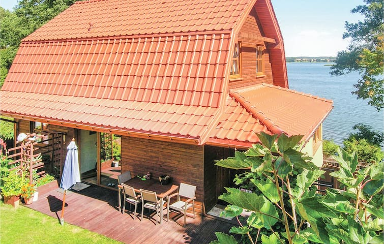 Holiday cottage with 2 bedrooms on 100m² in Stawiguda