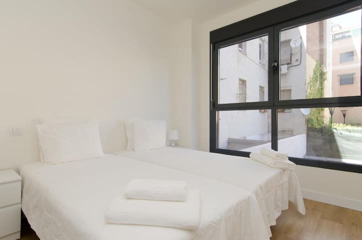 2543 - Luxury Madrid Apartment with Terrace and Pool 3B