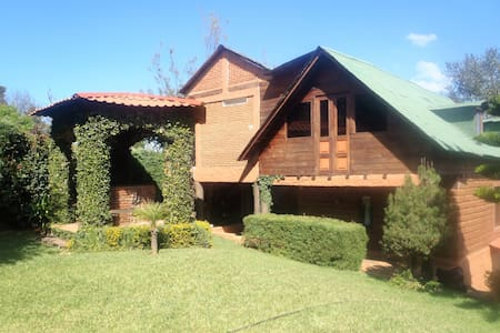 """""""Cabaña Arcangel"""" to 25 minutes from City Morelia."""