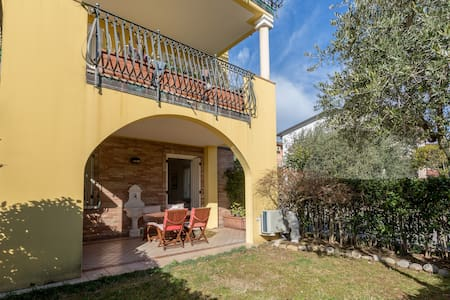 Riello's House - 100m from the lake - Padenghe Sul Garda