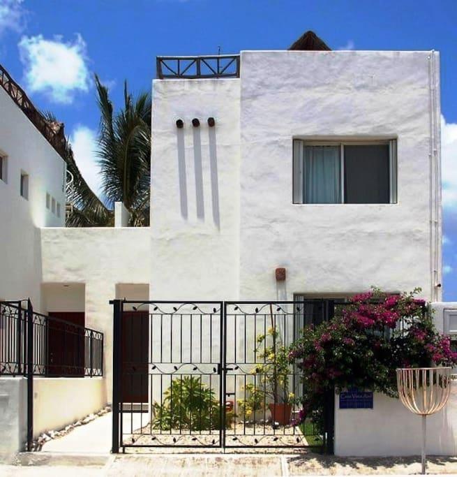 Casa Vista Azul town house.  Corpus Christi neighborhood, gated entrance.