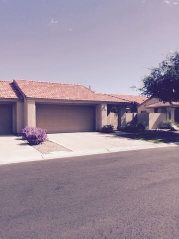 Furnished, Executive Retreat in central Mesa.